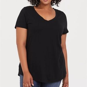 Black Classic Fit Girlfriend Tee